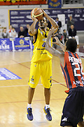 DESCRIZIONE : Ancona Lega A 2012-13 Sutor Montegranaro Angelico Biella<br /> GIOCATORE : Ronald Steele<br /> CATEGORIA : tiro three points<br /> SQUADRA : Sutor Montegranaro<br /> EVENTO : Campionato Lega A 2012-2013 <br /> GARA : Sutor Montegranaro Angelico Biella<br /> DATA : 02/12/2012<br /> SPORT : Pallacanestro <br /> AUTORE : Agenzia Ciamillo-Castoria/C.De Massis<br /> Galleria : Lega Basket A 2012-2013  <br /> Fotonotizia : Ancona Lega A 2012-13 Sutor Montegranaro Angelico Biella<br /> Predefinita :