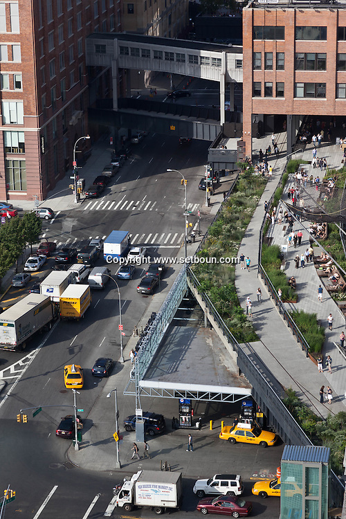 New york. meat packing district . elevated view of the high line / La high line vue d'en haut