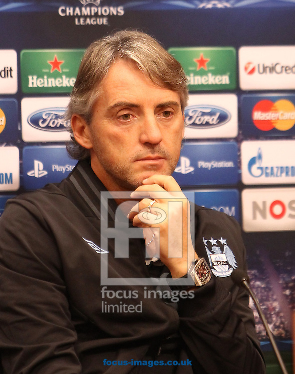 Picture by John  Rainford/Focus Images Ltd +44 7506 538356.23/10/2012.Roberto Mancini during Manchester City Training & PC at Amsterdam Arena, Amsterdam.