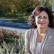 NLD/Hilversum/20111104- Perspresentatie najaar 2011 / 2012 omroep Max, Leonie Sazias