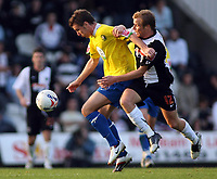Photo: Paul Thomas.<br /> Grimsby Town v Hereford United. Coca Cola League 2. 08/10/2006.<br /> <br /> Andy Williams (L) of Hereford tries to loose Ricky Ravenhill.