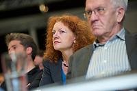 DEU, Deutschland, Germany, Berlin, 28.09.2013:<br />L&auml;nderrat (Kleiner Parteitag) von B&Uuml;NDNIS 90/DIE GR&Uuml;NEN in den Uferstudios. Von vorn: Winfried Kretschmann, Ministerpr&auml;sident von Baden-W&uuml;rttemberg und Fraktionsvorsitzender von B&Uuml;NDNIS 90/DIE GR&Uuml;NEN im Landtag Baden-W&uuml;rtemberg, Margarete Bause, Fraktionsvorsitzende von B&Uuml;NDNIS 90/DIE GR&Uuml;NEN in Bayern, Boris Palmer, Oberb&uuml;rgermeister der Stadt T&uuml;bingen.
