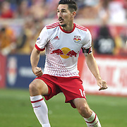 HARRISON, NEW JERSEY- AUGUST 25: Sacha Kljestan #16 of New York Red Bulls in action during the New York Red Bulls Vs New York City FC MLS regular season match at Red Bull Arena, Harrison, New Jersey on August 25, 2017 in Harrison, New Jersey. (Photo by Tim Clayton/Corbis via Getty Images)