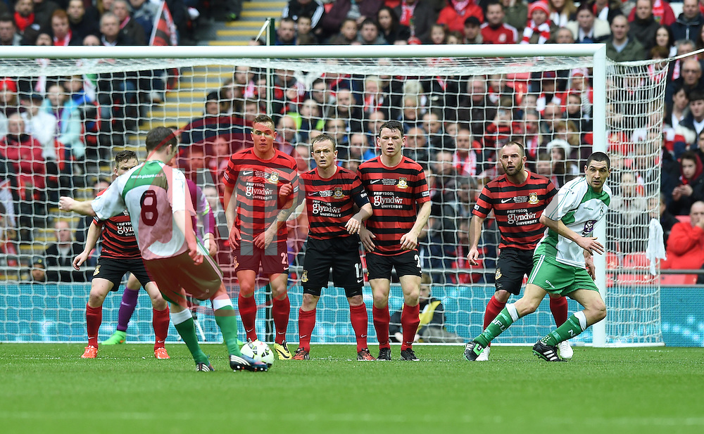 North Ferriby's Russell Fry takes a free kick - Photo mandatory by-line: Paul Knight/JMP - Mobile: 07966 386802 - 29/03/2015 - SPORT - Football - London - Wembley Stadium - North Ferriby United v Wrexham - FA Trophy