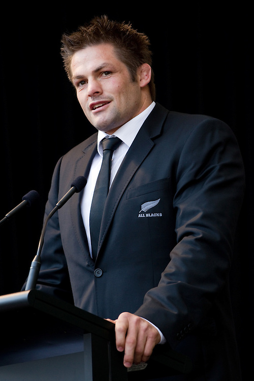 Captain Richie McCaw speaks at the official welcome for the New Zealand Rugby World Cup Team, Aotea Square, Auckland, New Zealand, Saturday, September 03, 2011. Credit:SNPA / David Rowland