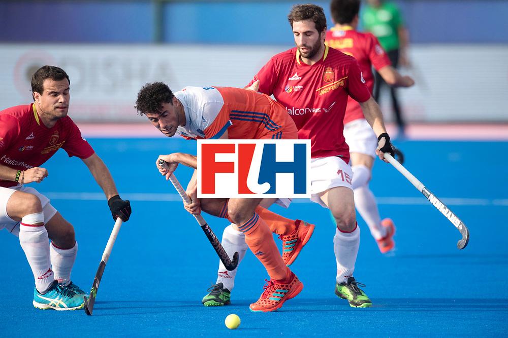 Odisha Men's Hockey World League Final Bhubaneswar 2017<br /> Match id:04<br /> Netherlands vs Spain<br /> Foto: Glenn Schuurman (Ned) and Diego Arana (Esp) <br /> WORLDSPORTPICS COPYRIGHT FRANK UIJLENBROEK