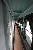 lange korridorer, long corridors