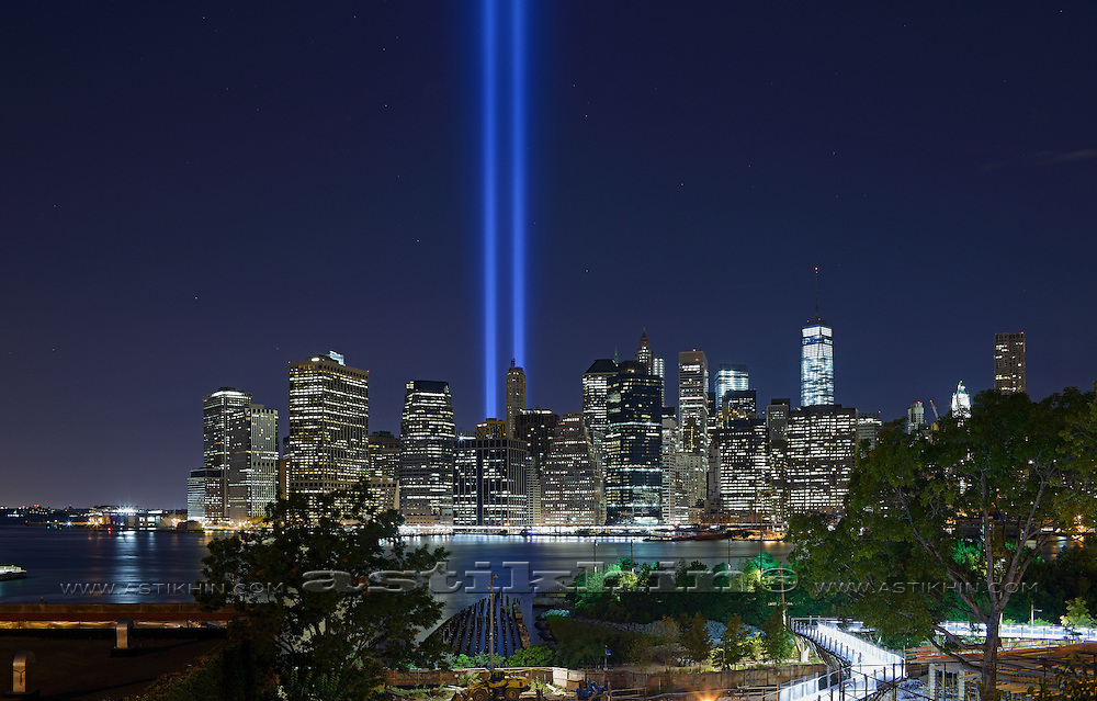 Tribute in Light - We Shall Never Forget. 2014.