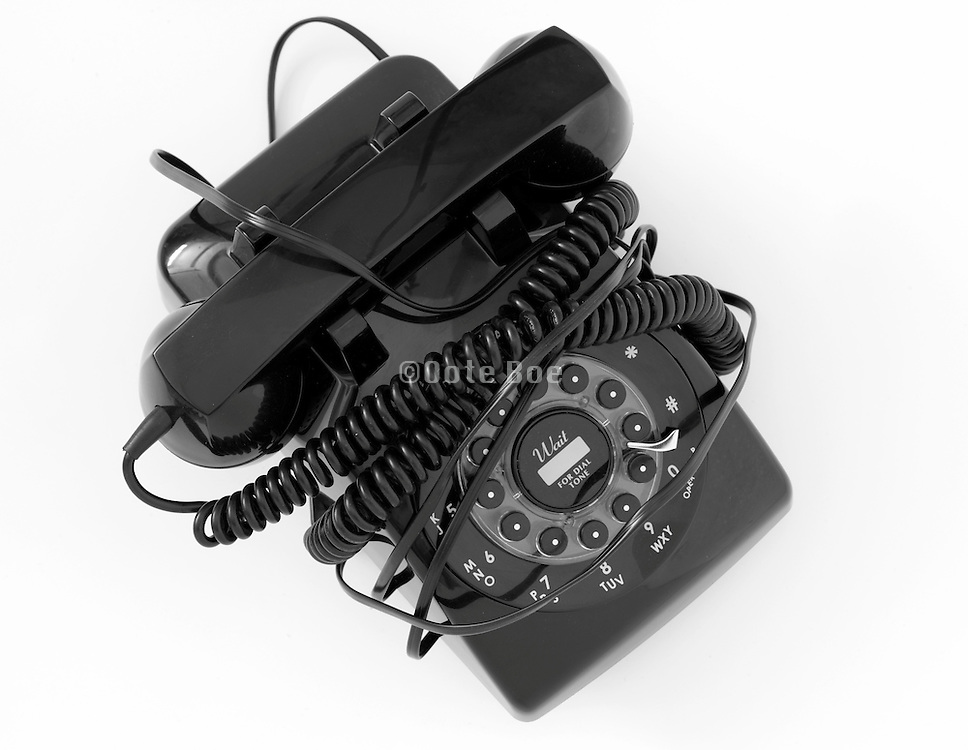 old style black telephone