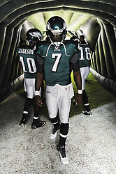 PHILADELPHIA, PA - SEPTEMBER 25: Quarterback Michael Vick #7 of the Philadelphia Eagles paces in the tunnel before the game against the New York Giants at Lincoln Financial Field on September 25, 2011 in Philadelphia, Pennsylvania. The Giants won 29-16. (Photo by Drew Hallowell/Philadelphia Eagles/Getty Images) *** Local Caption ***  Michael Vick
