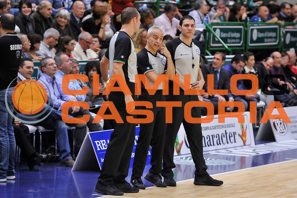 DESCRIZIONE : Campionato 2014/15 Dinamo Banco di Sardegna Sassari - Sidigas Scandone Avellino<br /> GIOCATORE : Mazzoni Chiari Attard<br /> CATEGORIA : Arbitro Referee<br /> SQUADRA : AIAP<br /> EVENTO : LegaBasket Serie A Beko 2014/2015<br /> GARA : Dinamo Banco di Sardegna Sassari - Sidigas Scandone Avellino<br /> DATA : 24/11/2014<br /> SPORT : Pallacanestro <br /> AUTORE : Agenzia Ciamillo-Castoria / Luigi Canu<br /> Galleria : LegaBasket Serie A Beko 2014/2015<br /> Fotonotizia : Campionato 2014/15 Dinamo Banco di Sardegna Sassari - Sidigas Scandone Avellino<br /> Predefinita :