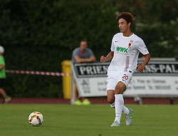 26.07.2015, Prien am Chiemsee, GER, Testspiel, FC Augsburg vs Norwich City, im Bild Jeong-Ho Hong (FC Augsburg #20) spielt den Ball, // during the International Friendly Football Match between FC Augsburg and Norwich City in Prien am Chiemsee, Germany on 2015/07/26. EXPA Pictures © 2015, PhotoCredit: EXPA/ Eibner-Pressefoto/ Krieger<br /> <br /> *****ATTENTION - OUT of GER*****