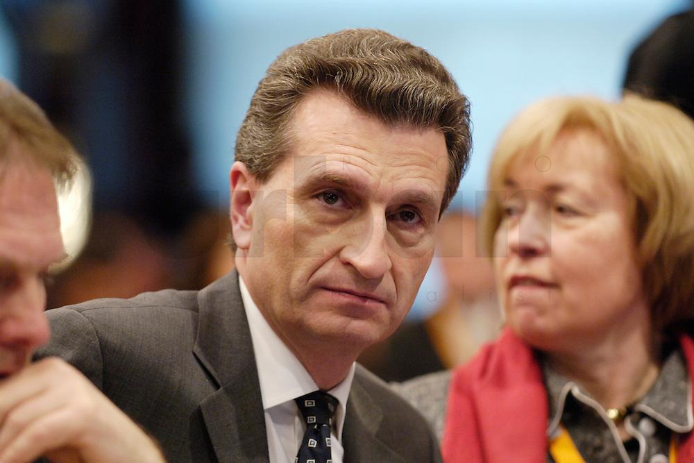 20 FEB 2006, BERLIN/GERMANY:<br /> Guenther H. Oettinger, CDU, Ministerpraesident Baden-Weurttemberg, Bundesausschuss und Wertekonferenz der CDU unter dem Motto Neue Gerechtigkeit durch mehr Freiheit, Hotel Maritim<br /> IMAGE: 20060220-01-014<br /> KEYWORDS: G&uuml;nther H. &Ouml;ttinger, Guenther Oettinger, G&uuml;nther &Ouml;ttinger