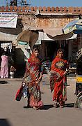 Shopping in Bikaner market - Rajasthan India 2011