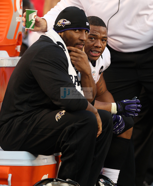 Baltimore Ravens running back Ray Rice (27) and Baltimore Ravens linebacker Ray Lewis (52) look on against the San Diego Chargers during an NFL game on Sunday, November 25, 2012 in San Diego, CA.  (Photo by Jed Jacobsohn)
