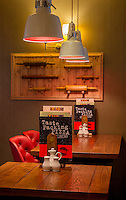 Smithfield Bell pub, Welshpool.<br /> Interiors,Exteriors,Pizza area,customers.<br /> © Stonehouse Photographic