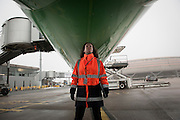 The French civil aviation authority randomly controls airplanes before the take off.  At Roissy, Nesrine, 34, works as a technical inspector  for the DGCA (Directorate General of Civil Aviation) - she is the only female technical controller at the airport of Roissy-en-France. She can stop a Boeing taking off and make the 300 passengers leave the airplane. Nesrine Chkioua is the only woman controller at Roissy Airport and one of three women doing this job in France.<br /> <br /> <br /> &Agrave; Roissy, Nesrine, 34 ans, exerce le m&eacute;tier de contr&ocirc;leur technique (CTE) pour la DGAC (Direction g&eacute;n&eacute;rale de l&rsquo;aviation civile) - elle est la seule femme contr&ocirc;leur technique &agrave; l&rsquo;a&eacute;roport de Roissy-en-France.  Elle peut immobiliser un Boeing, retarder le d&eacute;collage et m&ecirc;me faire d&eacute;barquer les 300 passagers d&rsquo;un long-courrier. Nesrine Chkioua est la seule contr&ocirc;leur femme &agrave; Roissy a&eacute;roport et est une des trois femmes &agrave; exercer ce m&eacute;tier en France.