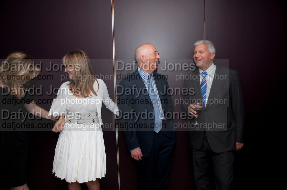 MARIA BELL; BILL BELL; LARRY GAGOSIAN, Dinner hosted by Julia Peyton-Jones and Hans Obrist for the Council of the Serpentine to celebrate: Jeff Koons, Popeye Series. Paramount Club, Paramount Centre Point. London. 30 June 2009