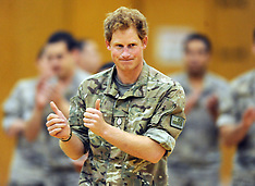 Palmerston North-Prince Harry visits Linton Army Camp