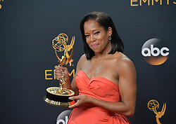 Regina King  im Press Room bei der Verleihung der 68. Primetime Emmy Awards in Los Angeles / 180916<br /> <br /> *** 68th Primetime Emmy Awards in Los Angeles, California on September 18th, 2016***