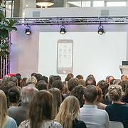 NLD/Amsterdam/20181102 - Koningin Máxima bezoekt Stichting 113 Zelfmoordpreventie, App Lancering
