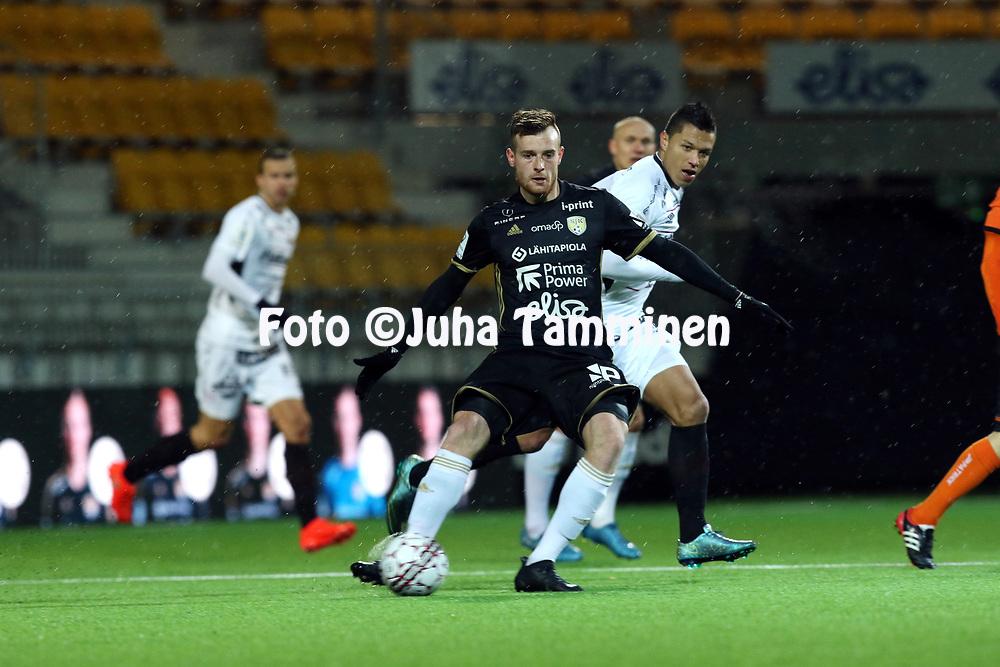 5.4.2017, OmaSP Stadion, Sein&auml;joki.<br /> Veikkausliiga 2017.<br /> Sein&auml;joen Jalkapallokerho - FC Lahti.<br /> Tomas Hradecky - SJK