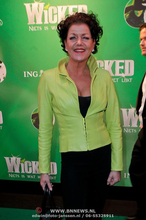 NLD/Scheveningen/20111106 - Premiere musical Wicked, Esther Roord