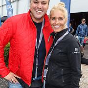 NLD/Amsterdam/20150906 - Amsterdam City Swim 2015, Frans Bauer en partner Mariska