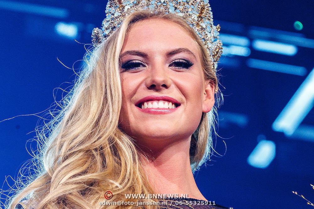 NLD/Hilversum/20150907 - Miss Nederland 2015 verkiezing, winnares Jessie Jazz Vuijk