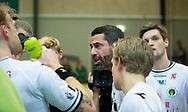 HÅNDBOLD: Cheftræner Ian Marko Fog (Nordsjælland) i timeout under kampen i Herre Håndbold Ligaen mellem TMS Ringsted og Nordsjælland Håndbold den 25. februar 2019 i Ringsted Sportscenter. Foto: Claus Birch.