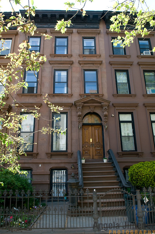 Date: 5/8/11.Desk: REA.Slug: 15COVER5.Assign Id: 10111168E..The home of Jed Marcus and Jessica Greenbaum, a four-story 1874 brownstone with a 2009 back addition by design architect Christopher McVoy located in Fort Greene, Brooklyn, is photographed on May 8, 2011. They live there with their daughters Becki, 13, and Bella, 16, who is away at boarding school. ..This is the exterior of the house, at 404 Vanderbilt Avenue. ..Photo by Angela Jimenez for The New York Times .photographer contact 917-586-0916