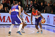 DESCRIZIONE : Campionato 2014/15 Dinamo Banco di Sardegna Sassari - Enel Brindisi<br /> GIOCATORE : David Cournooh<br /> CATEGORIA : Palleggio Blocco Controcampo<br /> SQUADRA : Enel Brindisi<br /> EVENTO : LegaBasket Serie A Beko 2014/2015<br /> GARA : Dinamo Banco di Sardegna Sassari - Enel Brindisi<br /> DATA : 27/10/2014<br /> SPORT : Pallacanestro <br /> AUTORE : Agenzia Ciamillo-Castoria / Luigi Canu<br /> Galleria : LegaBasket Serie A Beko 2014/2015<br /> Fotonotizia : Campionato 2014/15 Dinamo Banco di Sardegna Sassari - Enel Brindisi<br /> Predefinita :