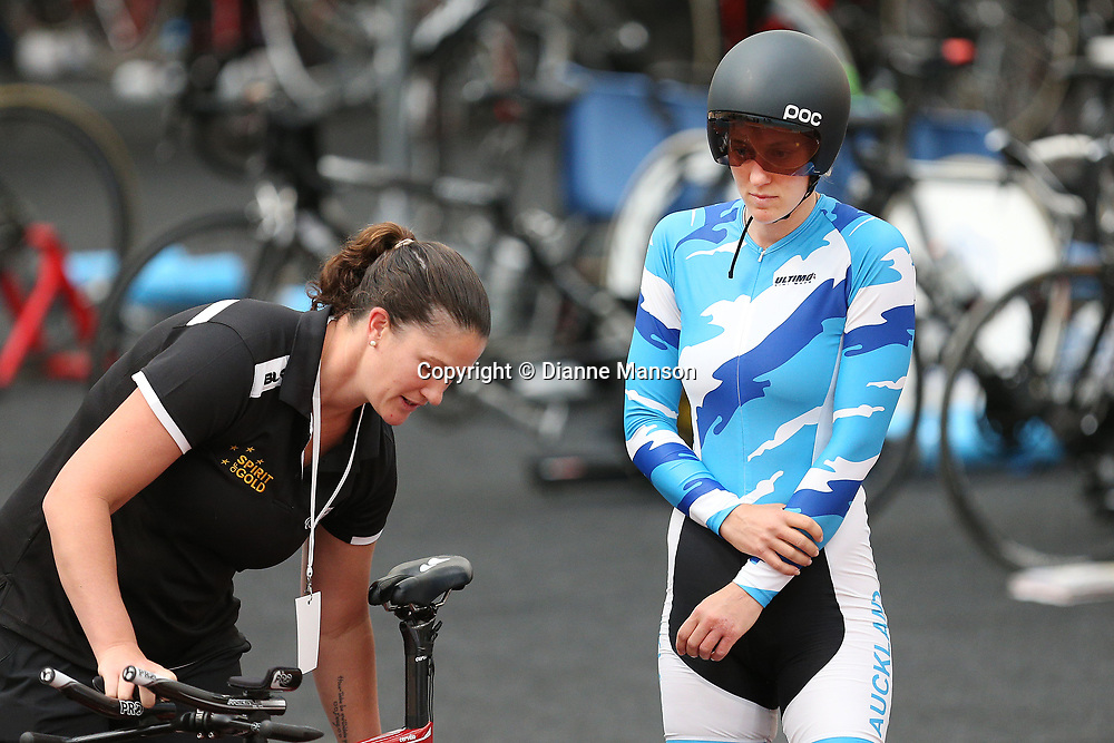 7cdb1f759a Sarah Ellington competes in the Para-Cycling Women (C-1-5)