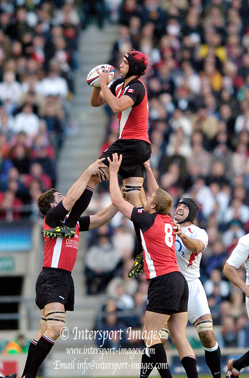 2004 England vs Canada - Investec Challenge - Twickenham..13.11.2004 Photo  Peter Spurrier. .Josh Jackson collects the line out ball..email images@intersport-images.com...