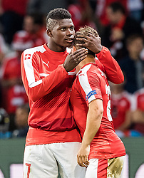 19.06.2016, Stade Pierre Mauroy, Lille, FRA, UEFA Euro, Frankreich, Schweiz vs Frankreich, Gruppe A, im Bild Breel Embolo (SUI), Xherdan Shaqiri (SUI) // Breel Embolo (SUI), Xherdan Shaqiri (SUI) during Group A match between Switzerland and France of the UEFA EURO 2016 France at the Stade Pierre Mauroy in Lille, France on 2016/06/19. EXPA Pictures © 2016, PhotoCredit: EXPA/ JFK