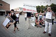 Lavello (PZ) 08.07.2011 - Isola Fenice. La lotta della popolazione lucana contro il termovalorizzatore Fenice. Nella Foto: La grande manifestazione contro l'impianto organizzata dai comitati No Fenice del Vulture-Melfese.