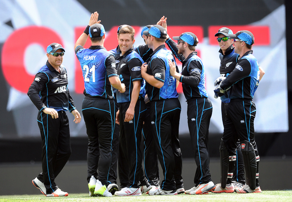New Zealand's Trent Boult, centre, after dismissing Pakistan's Ahmed Shahzad for 12 in the 3rd ODI International Cricket match at Eden Park, Auckland, New Zealand, Sunday, January 31, 2016. Credit:SNPA / Ross Setford