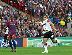 28.05.2011, Wembley Stadium, London, ENG, UEFA CHAMPIONSLEAGUE FINALE 2011, FC Barcelona (ESP) vs Manchester United (ENG), im Bild Manchester's forward Javier Hernández  during the 2011UEFA  Champions League final between Manchester United from England and FC Barcelona from Spain, played at Wembley Stadium London, EXPA Pictures © 2011, PhotoCredit: EXPA/ M. Gunn