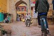 The activity in the narrow streets of Bundi