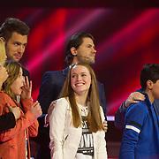 NLD/Hilversum/20140221 - Finale The Voice Kids 2014, Finalisten Stephanie Habets en Isabel Provoost en Ayoub Haach