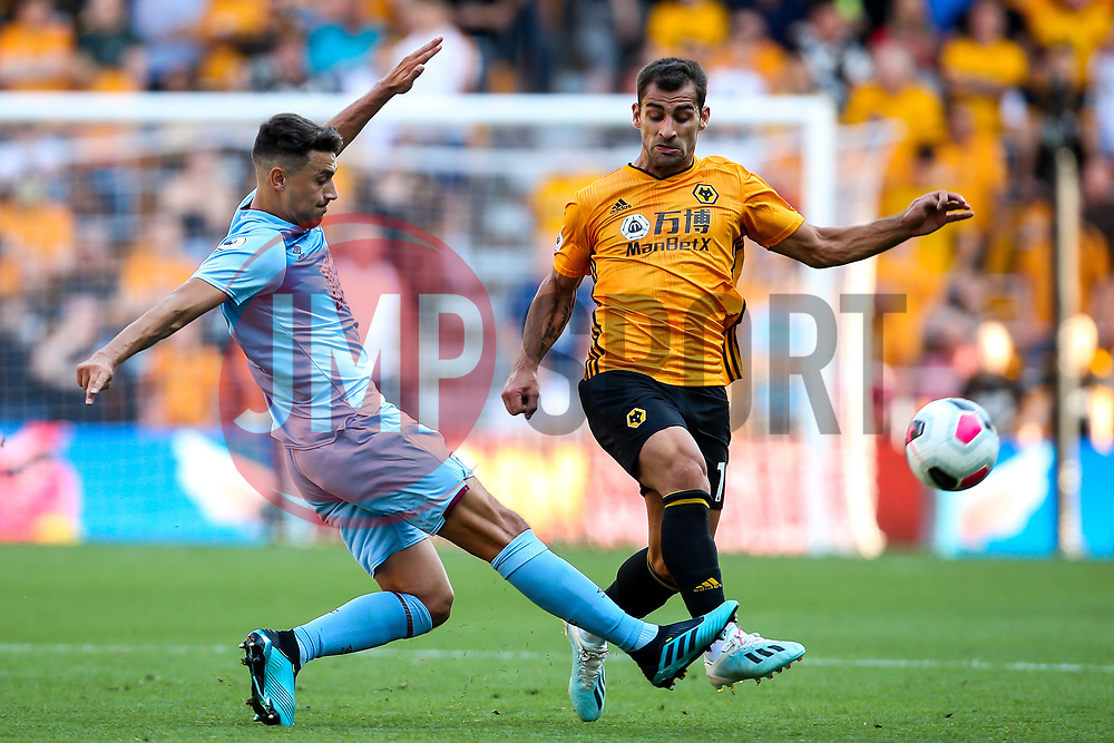 Jonny of Wolverhampton Wanderers takes on Matthew Lowton of Burnley - Mandatory by-line: Robbie Stephenson/JMP - 25/08/2019 - FOOTBALL - Molineux - Wolverhampton, England - Wolverhampton Wanderers v Burnley - Premier League