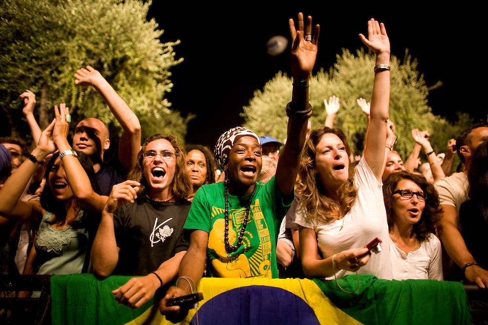 Nice (Cimiez), France. July 21st 2009. .The audience waits for Erykah Badu to perform at the Nice Jazz Festival.