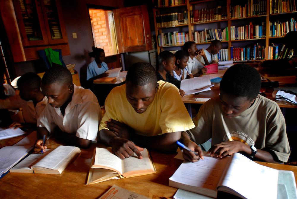 Students studying at a school in Kampala, Uganda. Photo by Daniel Hayduk