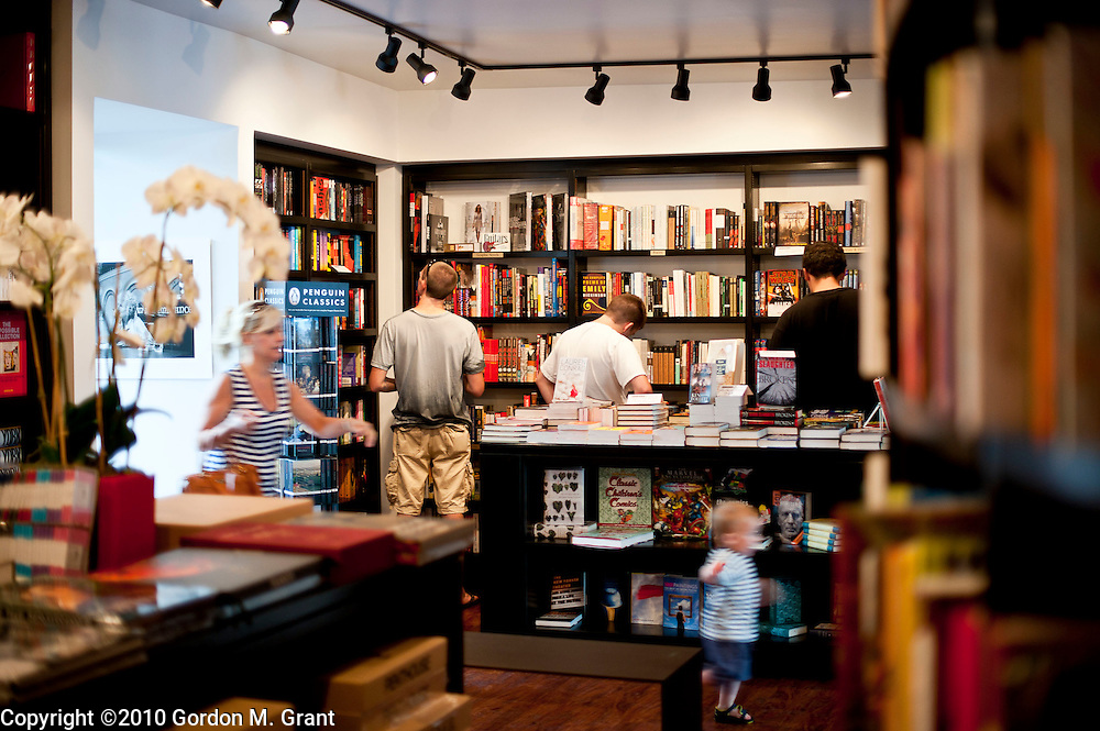 Westhampton Beach, NY - 7/29/10 - Interiors of a new bookstore, called Books & Books, on Main Street in Westhampton Beach, NY July 29, 2010. CREDIT: Gordon M. Grant for The Wall Street Journal.NYSCENE_BookstoreWesthampton