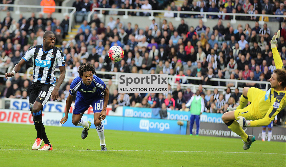 Newcastle United v Chelsea English Premiership 26 September 2015; Loic Remy (Chelsea, 18) goes close with a header during the Newcastle v Chelsea English Premiership match played at St. James' Park, Newcastle; <br /> <br /> &copy; Chris McCluskie | SportPix.org.uk