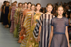 © Licensed to London News Pictures. 17/09/2016. Models on the catwalk at the JASPER CONRAN Spring/Summer 2017 show. Models, buyers, celebrities and the stylish descend upon London Fashion Week for the Spring/Summer 2017 clothes collection shows. London, UK. Photo credit: Ray Tang/LNP
