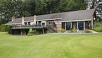 HOOG SOEREN  - Clubhuis  van de Veluwse Golf Club. De hole heeft een dal. COPYRIGHT KOEN SUYK