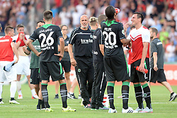 09.08.2015, Auestadion, Kassel, GER, DFB Pokal, KSV Hessen Kassel vs Hannover 96, 1. Runde, im Bild Bild: Jubel, freude nach dem Sieg, Michael Frontzeck (Trainer Hannover 96) (M), Kenan Karaman (Hannover 96) (NR 26), Felipe Trevizan Martins (Hannover 96) (NR 20) // during German DFB Pokal first round match between KSV Hessen Kassel and Hannover 96 at the Auestadion in Kassel, Germany on 2015/08/09. EXPA Pictures © 2015, PhotoCredit: EXPA/ Eibner-Pressefoto/ Sippel<br /> <br /> *****ATTENTION - OUT of GER*****