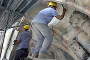 JUL 2004 MILAN : VENERANDA FABBRICA DEL DUOMO DI MILANO; LAVORI DI RIPULITURA, CONSOLIDAMENTO E RESTAURO DELLA FACCIATA. © CARLO CERCHIOLI..VENERANDA FABBRICA DEL DUOMO DI MILANO ( VENERABLE MILAN DUOMO FACTORY); CLEANING, RESTORETION AND REINFORCEMENT WORKS OF THE DUOMO FAÇADE.
