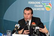 DESCRIZIONE : Roma Palazzo delle Federazioni in Via Vitorchiano La conferenza stampa di presentazione del nuovo allenatore della Nazionale Italiana maschile Simone Pianigiani<br /> GIOCATORE : Simone Pianigiani<br /> SQUADRA : Italia Nazionale Italiana<br /> EVENTO : Conferenza stampa di presentazione del nuovo allenatore della Nazionale Maschile Simone Pianigiani<br /> GARA : <br /> DATA : 22/12/2009<br /> CATEGORIA : ritratto <br /> SPORT : Pallacanestro<br /> AUTORE : Agenzia Ciamillo-Castoria/GiulioCiamillo<br /> Galleria : Fip Nazionali 2009<br /> Fotonotizia : Roma Palazzo delle Federazioni in Via Vitorchiano La conferenza stampa di presentazione del nuovo allenatore della Nazionale Italiana maschile Simone Pianigiani<br /> Predefinita :